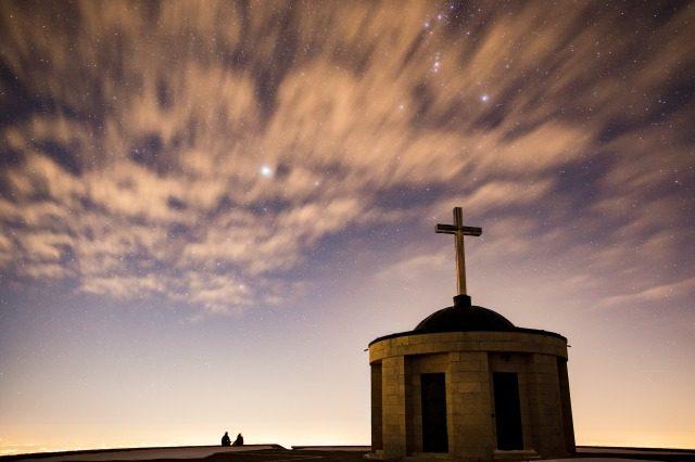 星空と教会