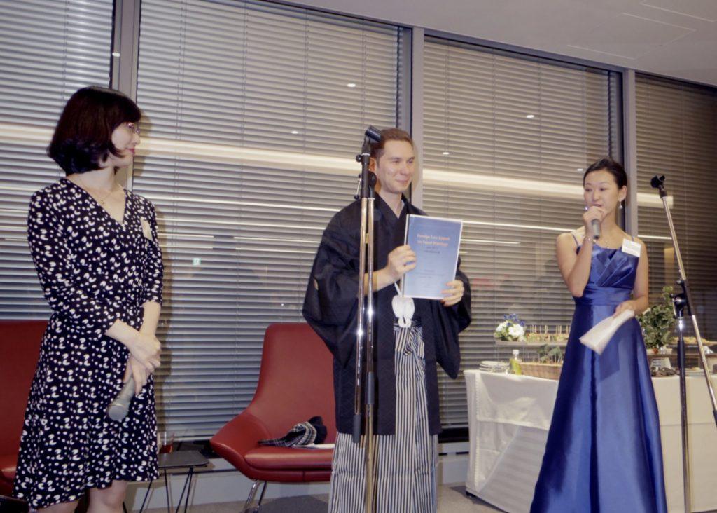 左から大谷氏(森・濱田松本法律事務所)、ドミトレンコ氏(フレッシュフィールズ)、中井氏(GS法務部)