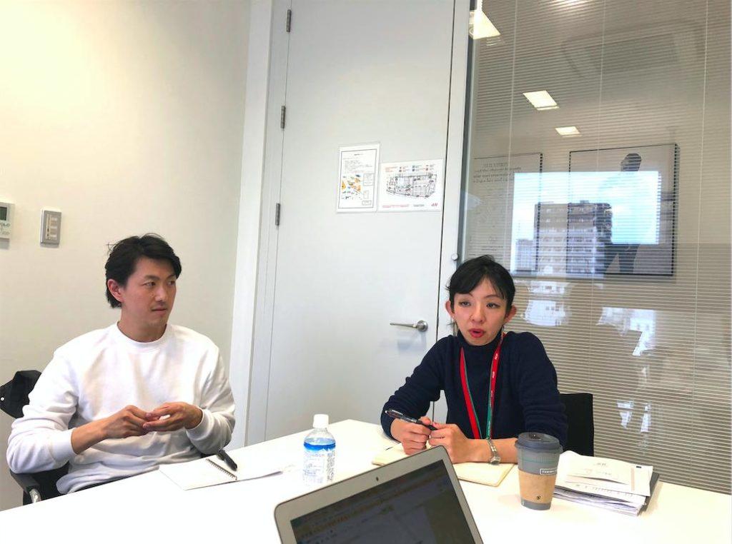 会話するShigefumiさんとMegumiさん