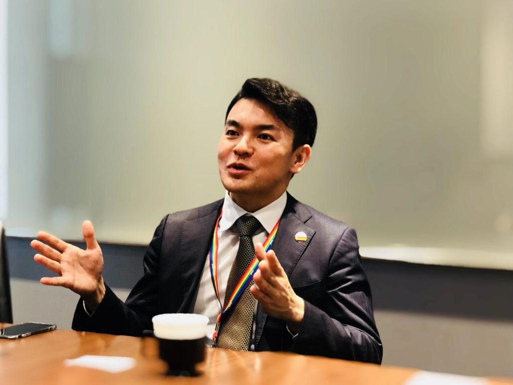 LGBT当事者グループ代表の東田さんが話している画像