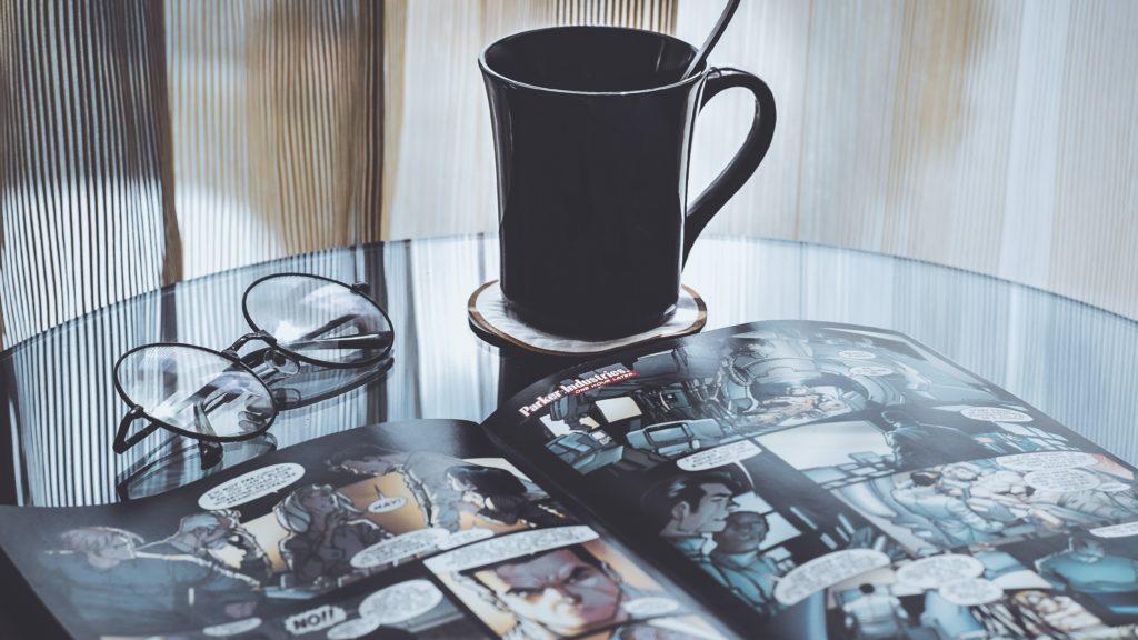 コーヒーと漫画とメガネ