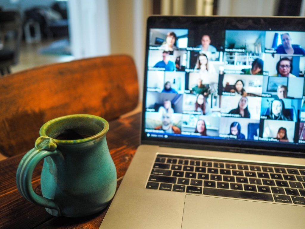 PCのビデオチャット画面